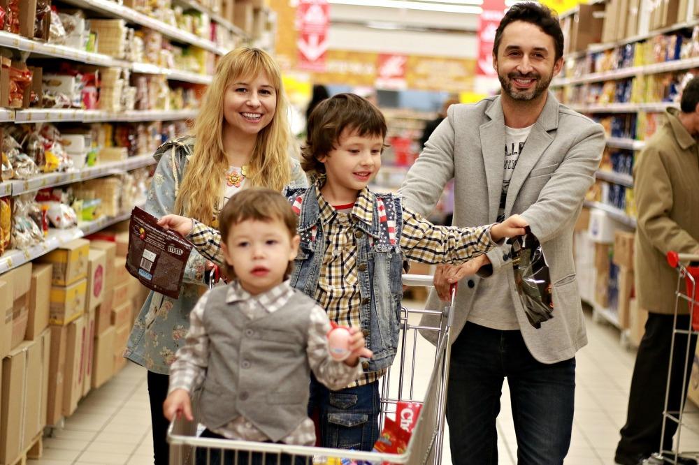 family-2923690_1920.jpg