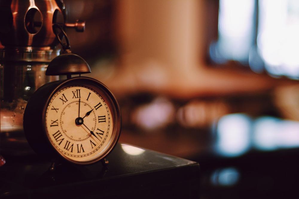 alarm-clock-2322673_1920.jpg