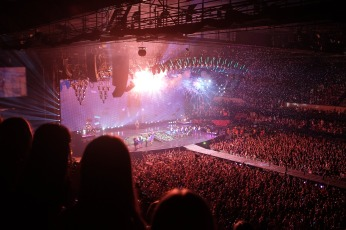 concerts-1150042_1920